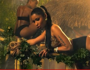 0822-nicki-minaj-anaconda-2
